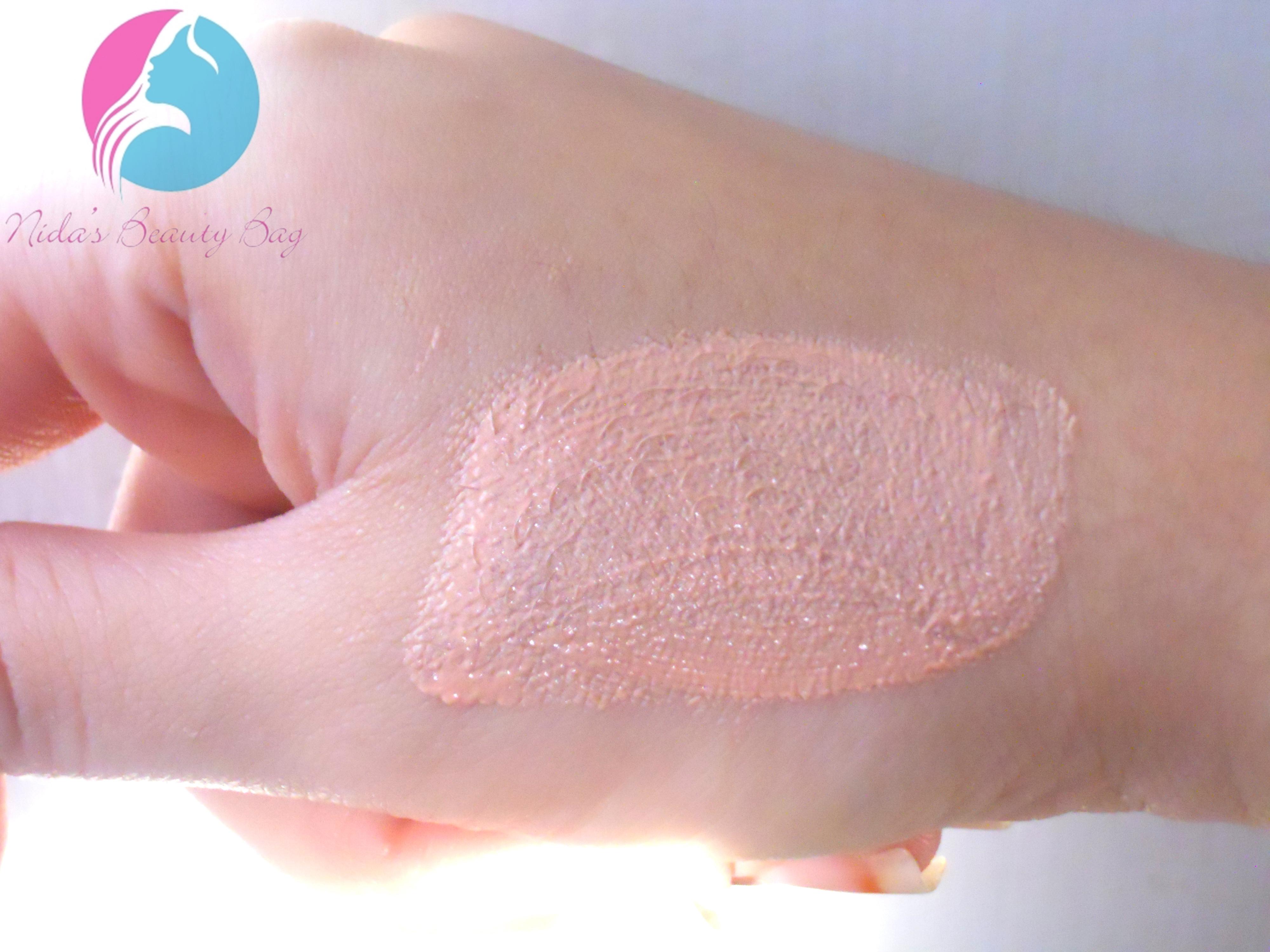 Oriflame Very Me-Peach Me Perfect Skin Glow | Nida's beauty bag