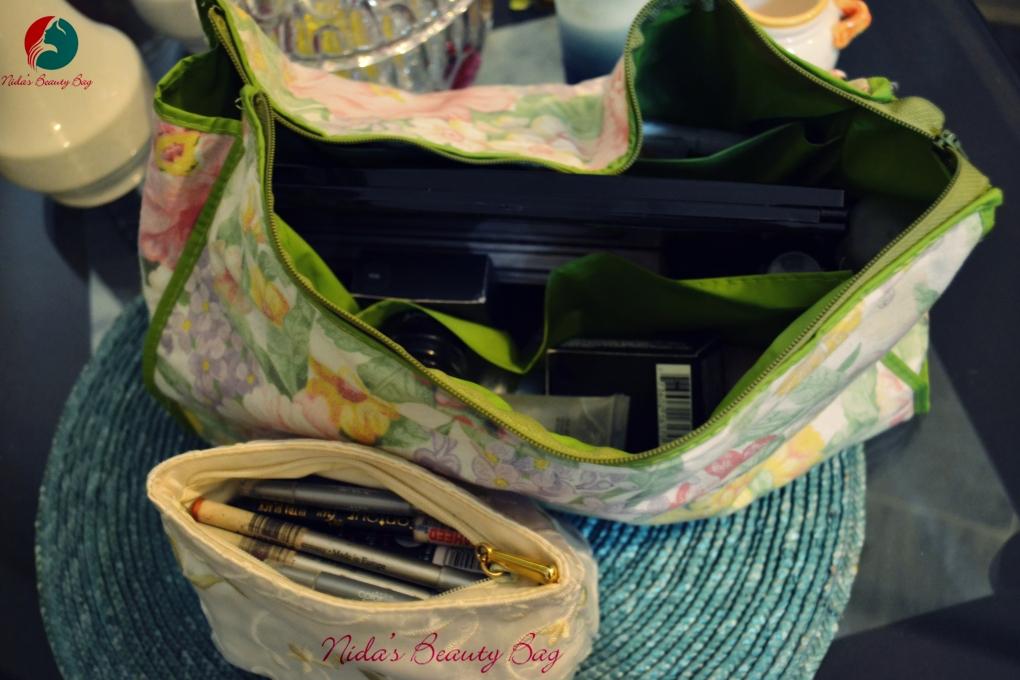 my-vacation-makeup-bag-1