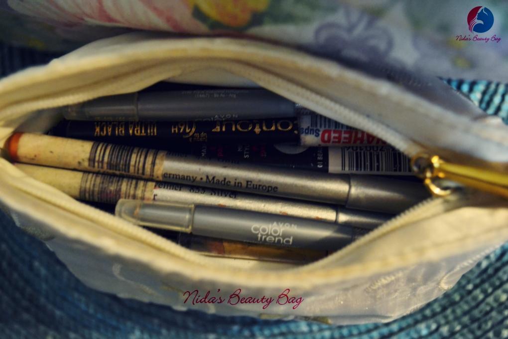 my-vacation-makeup-bag-2
