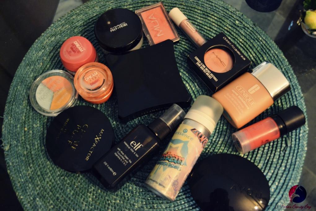 my-vacation-makeup-bag-7